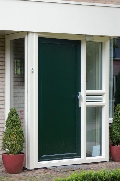 cilinderslot kunststof deur